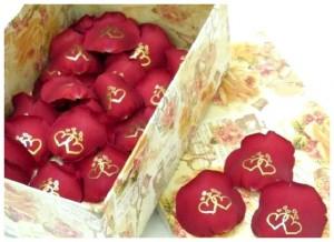 Упаковка лепестков роз