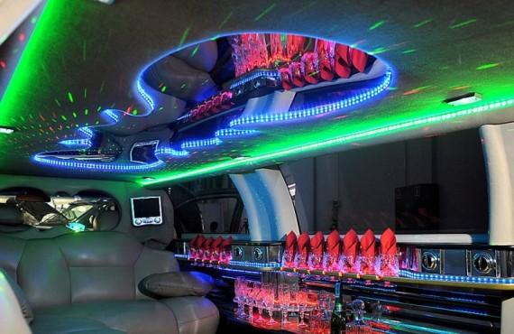 Салон лимузина изнутри