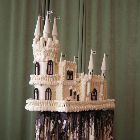 замок из шоколада ручной работы