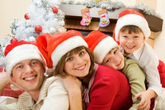 семейные фото в новогоднем интерьере