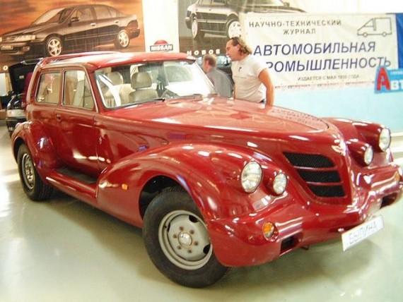 Красиво тюнингованный отечественный автомобиль