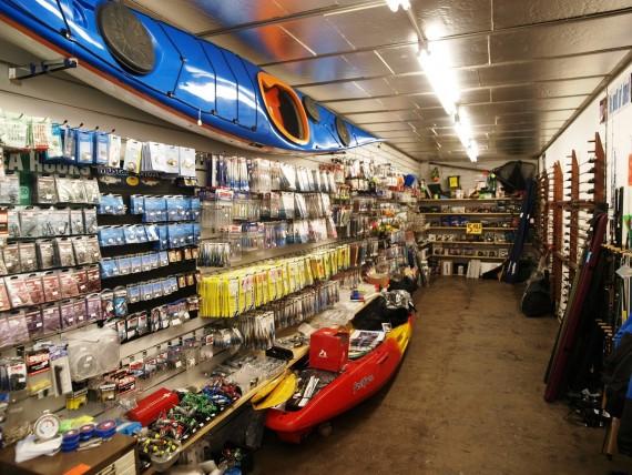 Ассортимент рыболовного магазина