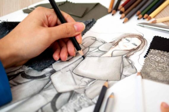 Эскиз платья от модельера