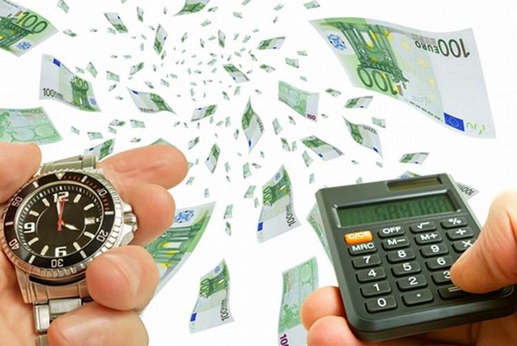 секундомер, деньги и калькулятор