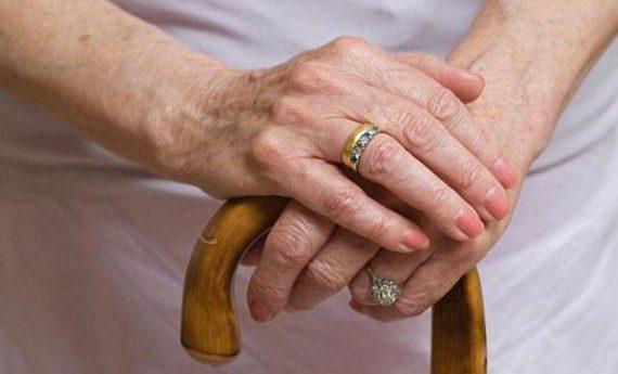 Можно ли после смерти мужа взять его пенсию вместо своей