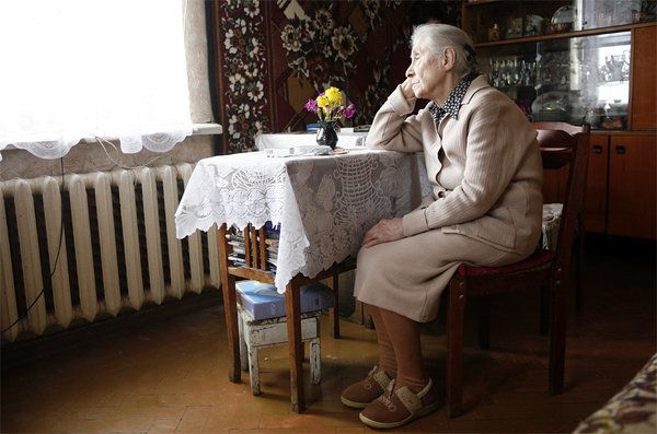 Может ли жена получать пенсию мужа после его смерти вместо своей
